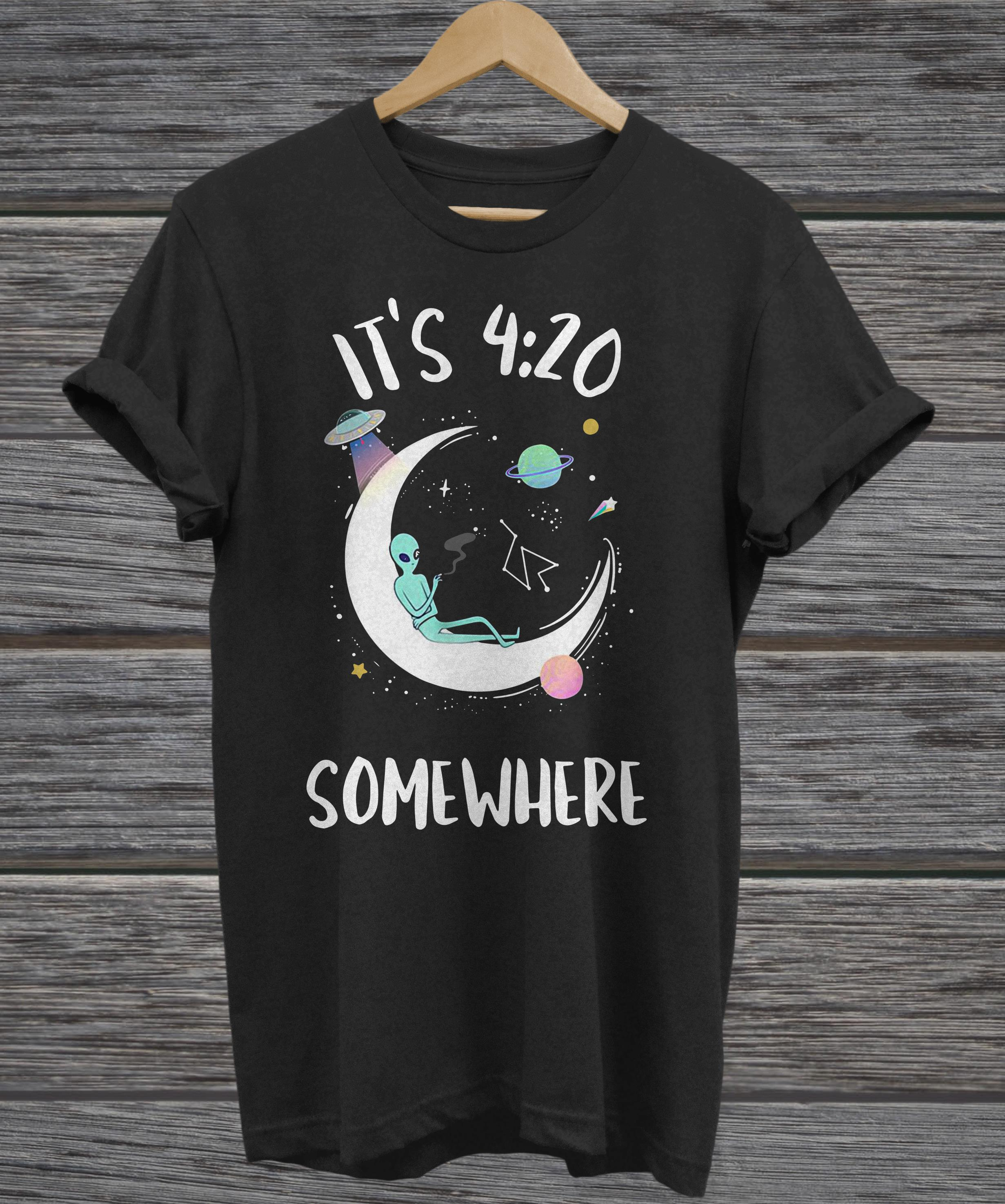 It's 4 20 somewhere alien smoking on moon hoodie
